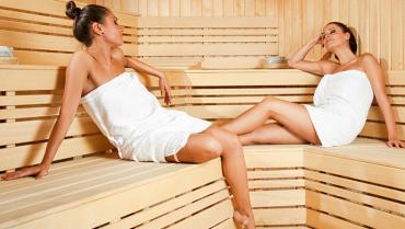 Top 10 benefits of steam rooms