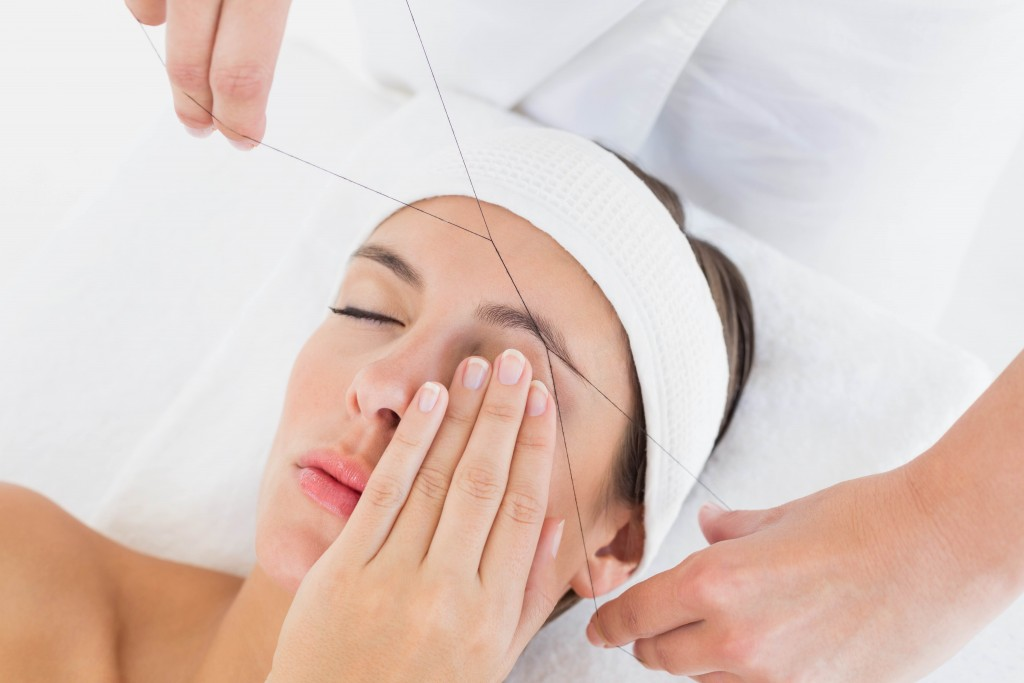 eyebrow threading from Secret Oasis Spa, Fulham