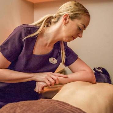 Benefits of deep tissue massage